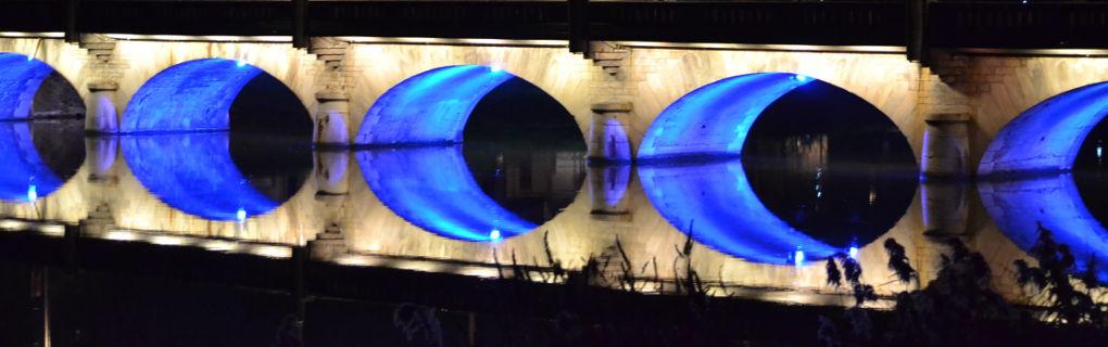 Illumine la Meurthe de son bleu